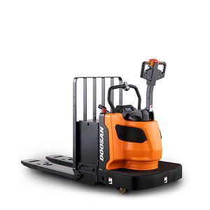 pallet trucks by doosan